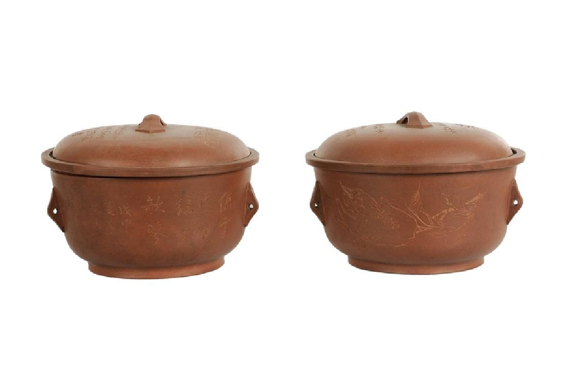 A pair of Yixing tureens with cover with a decor of