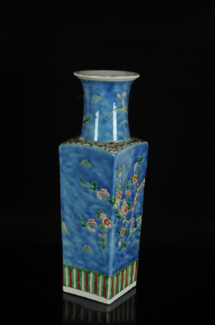 A square polychrome porcelain vase with circular neck - 2