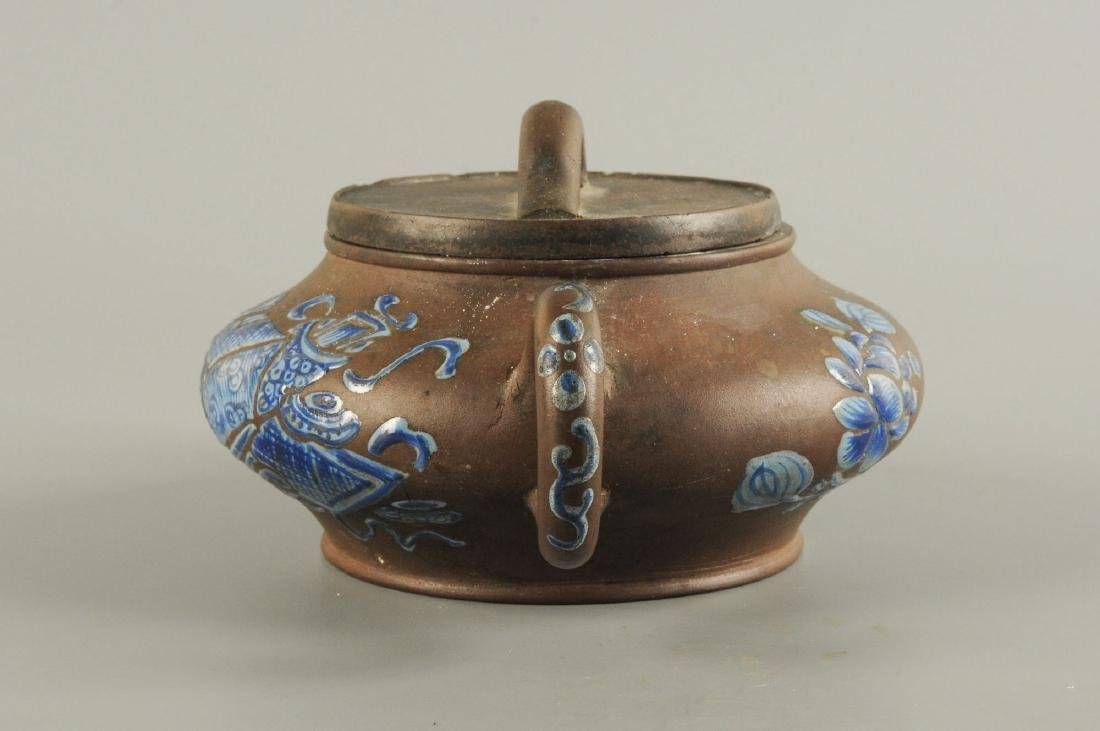 A Yixing teapot decorated with floral design. Unmarked. - 5