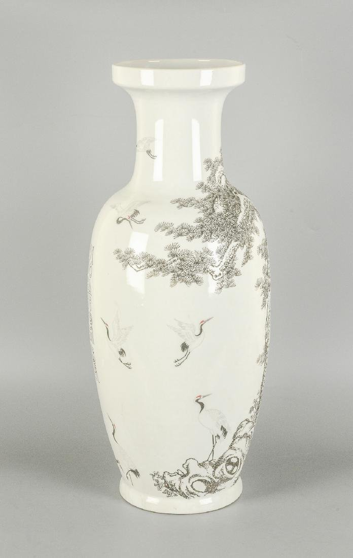 A black and white porcelain vase, decorated with floral - 4