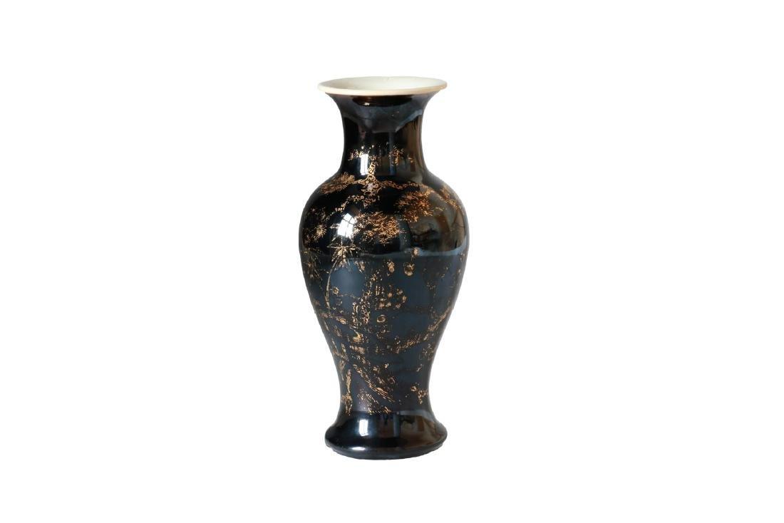 A Famille Noir porcelain baluster vase with gilt decor - 3