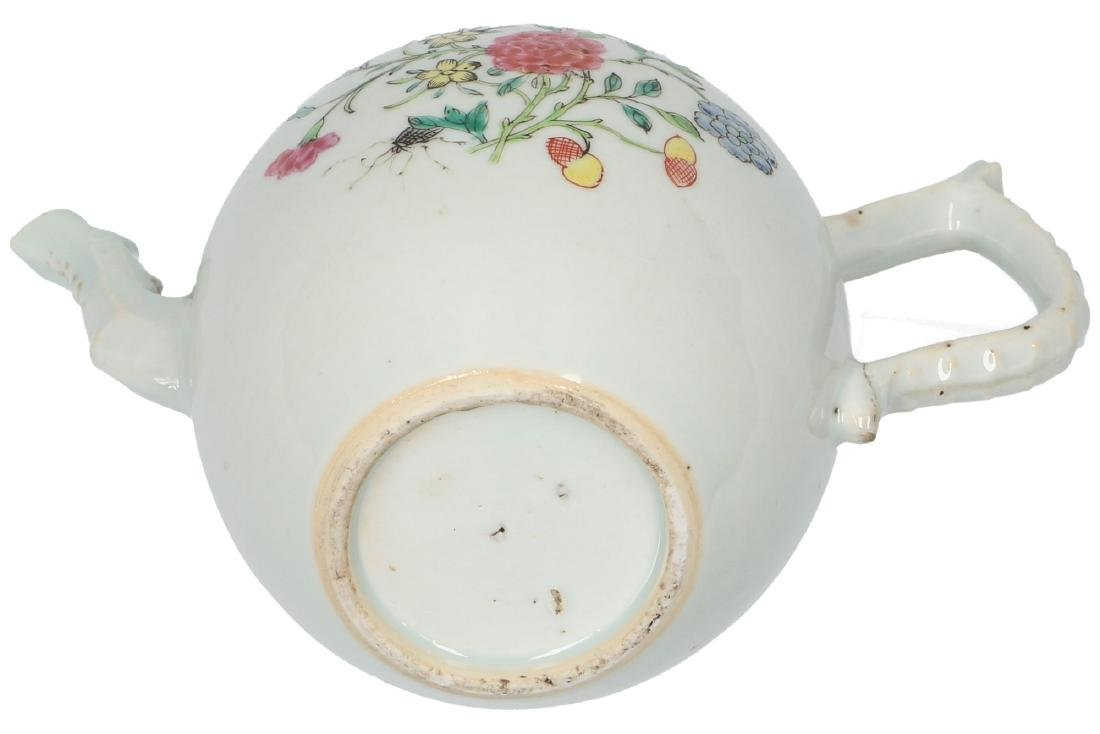 A lot of two polychrome porcelain teapots, 1) Imari, - 12