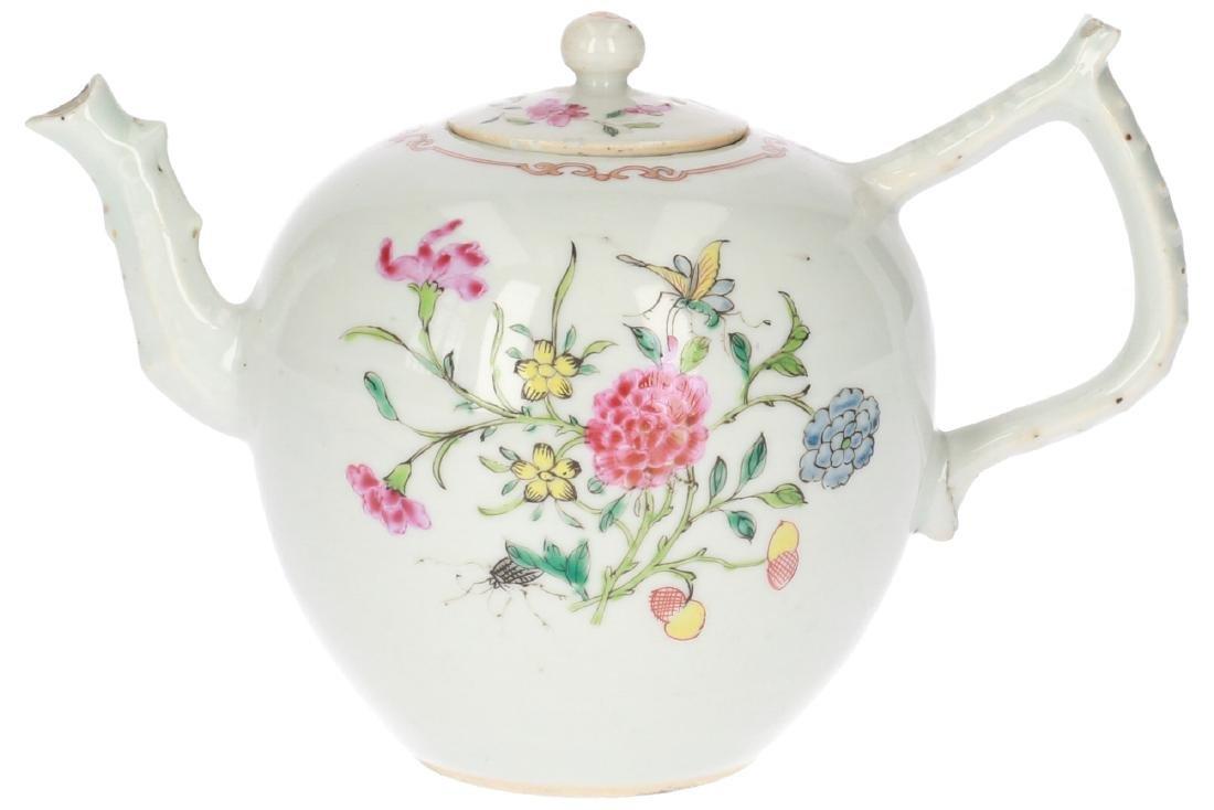 A lot of two polychrome porcelain teapots, 1) Imari, - 7