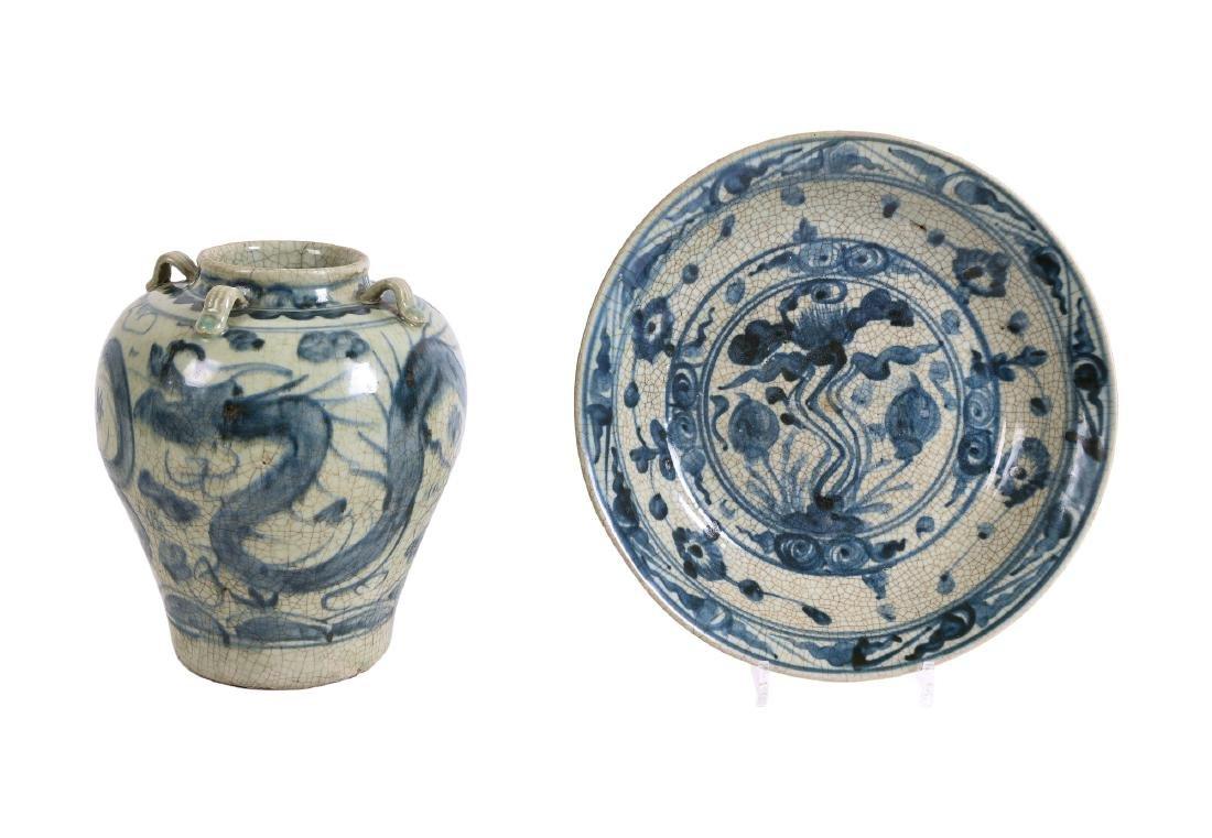 A Martavan jar with floral decor. Unmarked. H. 26 cm.