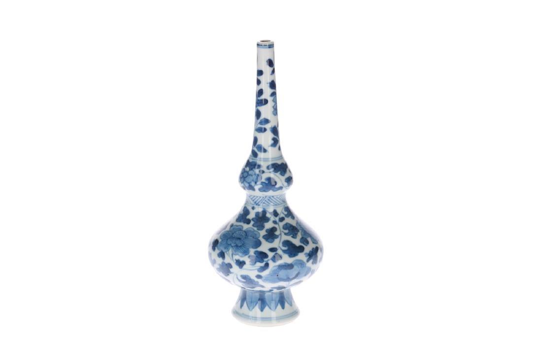 A blue and white porcelain sprinkler vase with floral - 3