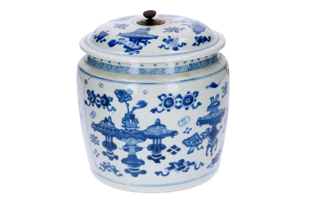 A blue and white porcelain jar with cover, decorated
