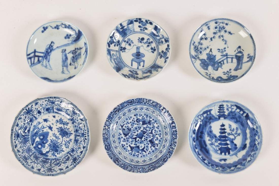 A lot with ca. 42 diverse blue and white porcelain - 7