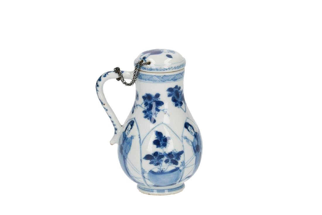 A lot of various blue and white porcelain items, 1) a - 3