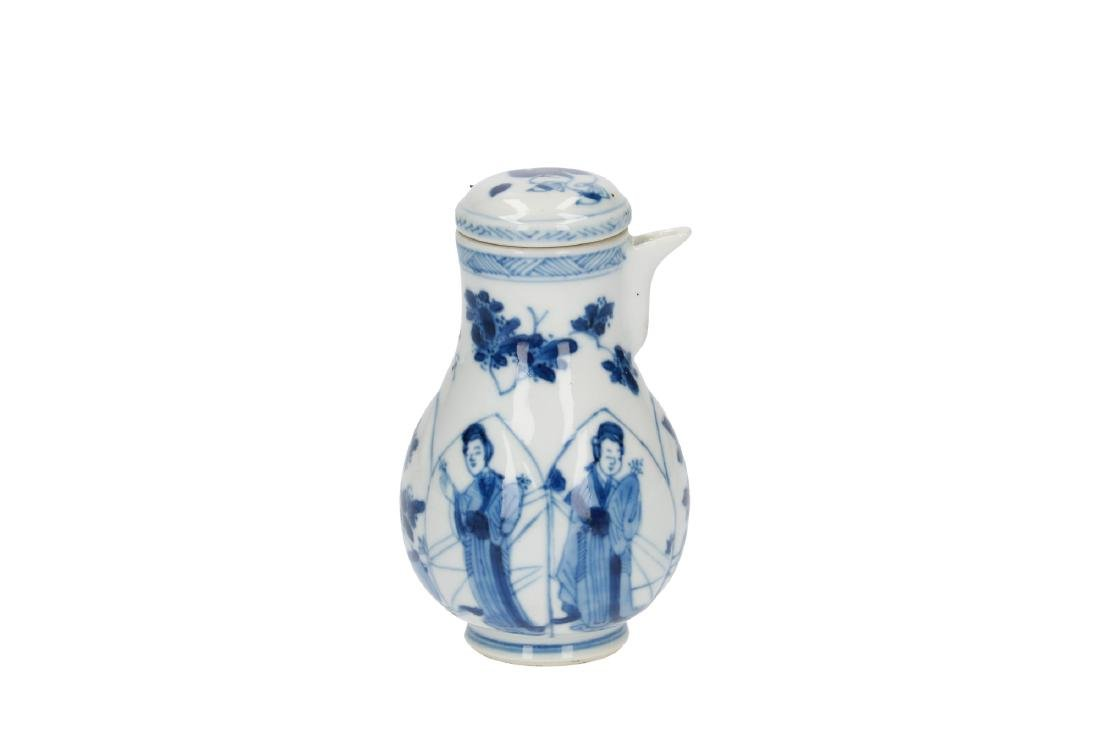 A lot of various blue and white porcelain items, 1) a - 4