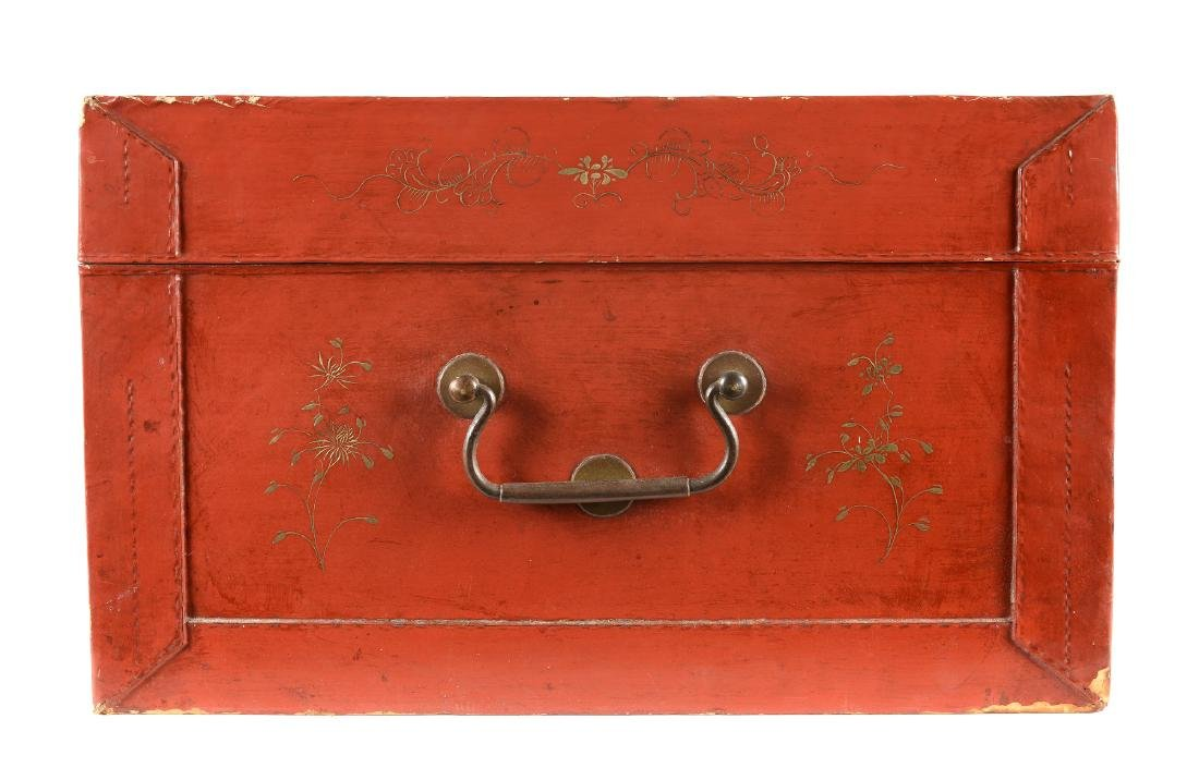 A red leather chest with gilded decor of butterflies - 4