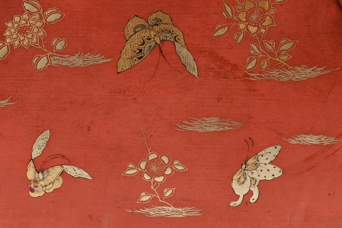 A red leather chest with gilded decor of butterflies - 6