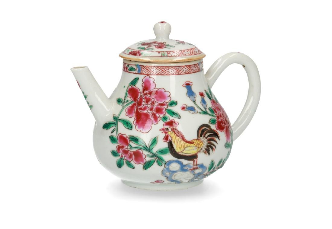 A porcelain teapot with Famille Rose chicken and