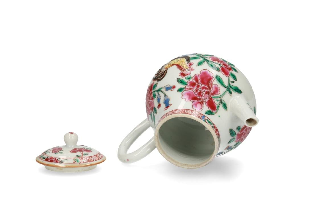 A porcelain teapot with Famille Rose chicken and - 3