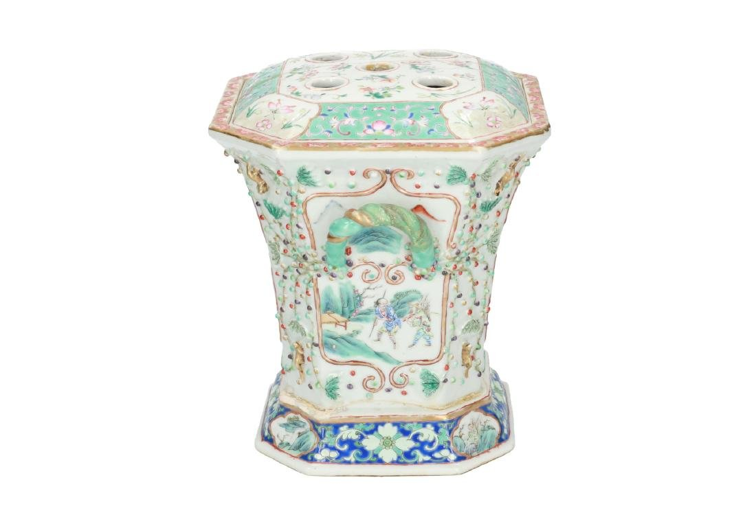 A polychrome porcelain octagonal insence burner with a - 4