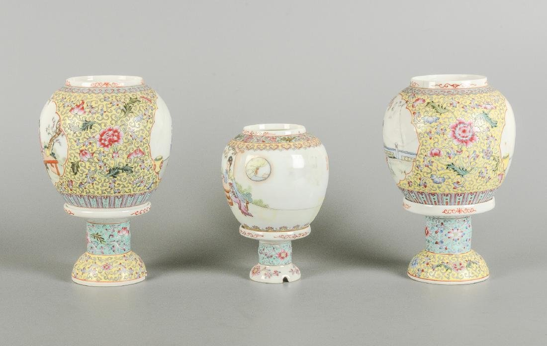 A lot of three polychrome eggshell lanterns on stand, - 3