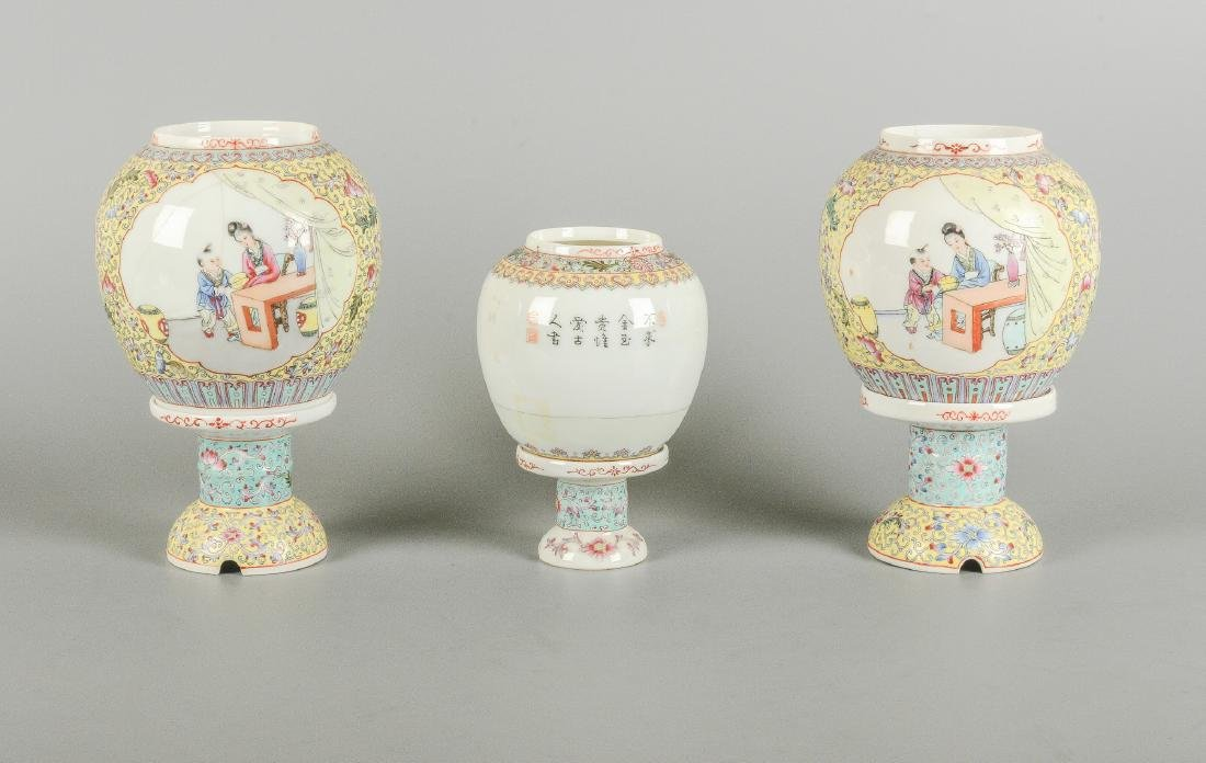 A lot of three polychrome eggshell lanterns on stand, - 4
