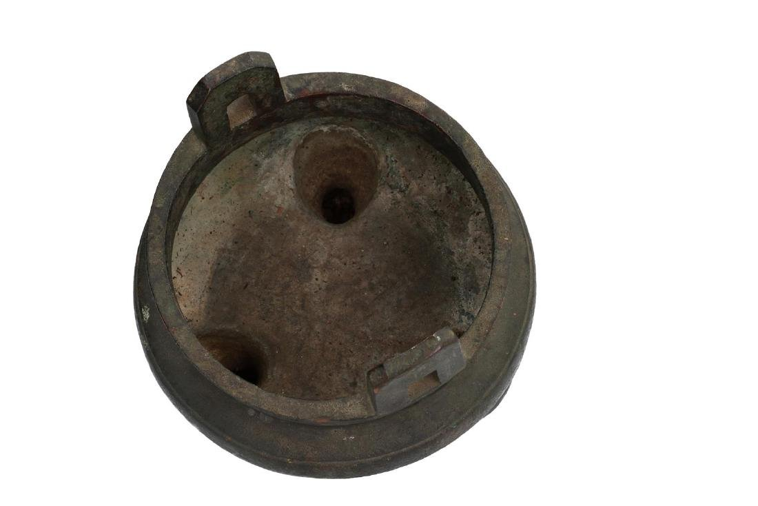 A bronze tripod censer with carved ring around the - 4