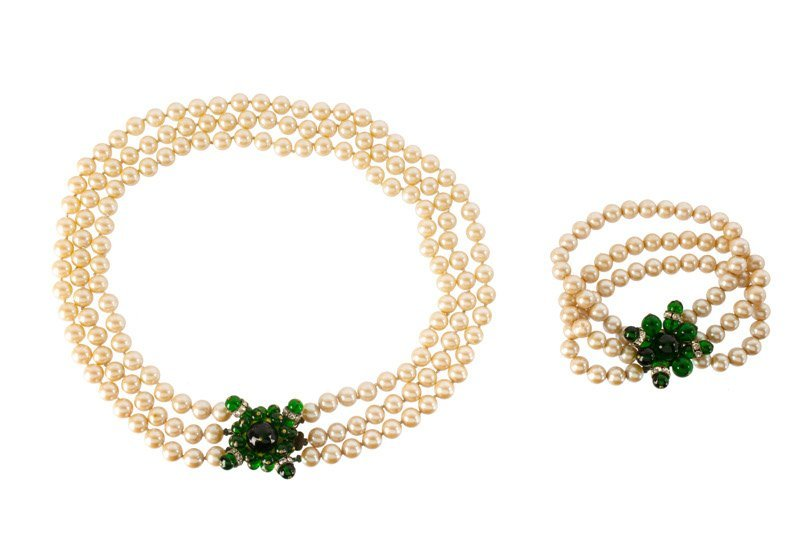 An Anonymous faux pearls necklace and bracelet, clasps
