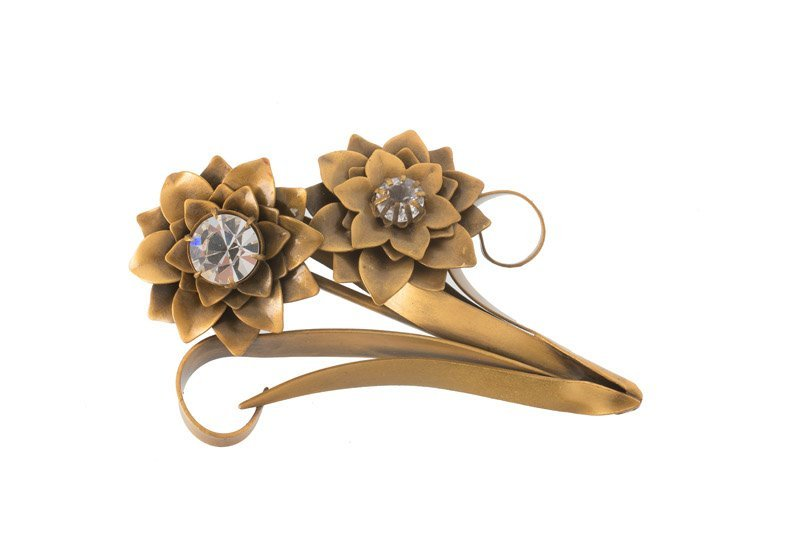 A Joseff Hollywood goldtone floral brooch set with