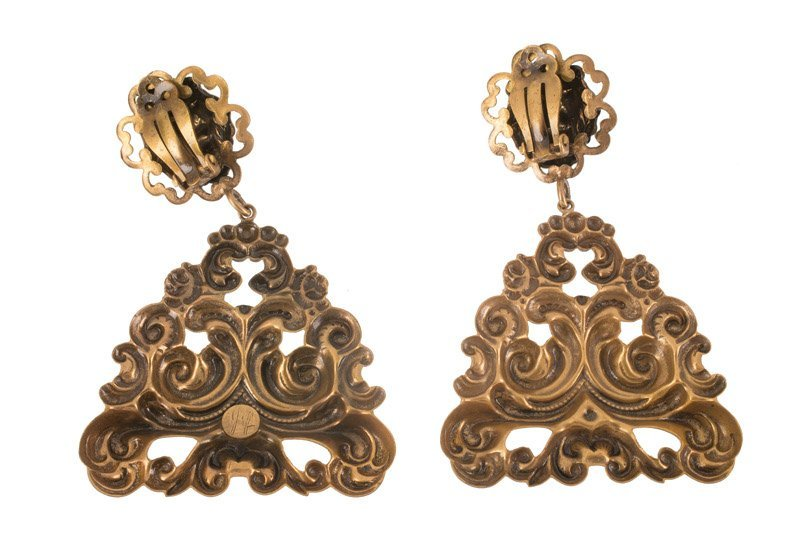 A Joseff Hollywood goldtone pair of earclips, lions' - 2