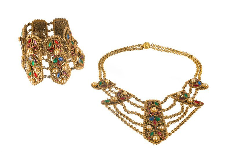 A Korda 'Thief of Bagdad' necklace and bracelet, set