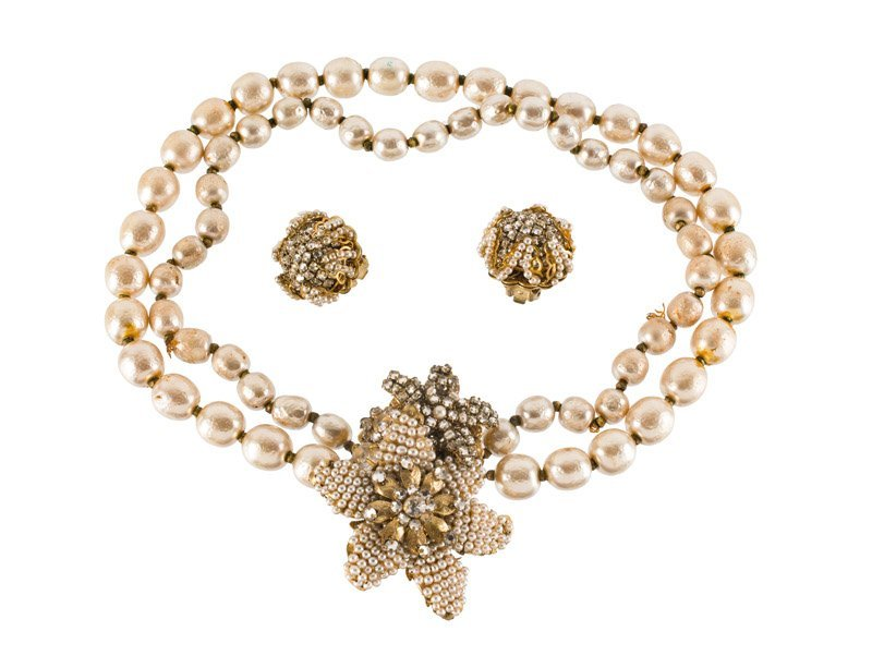 A Miriam Haskell faux pearl necklace and pair of