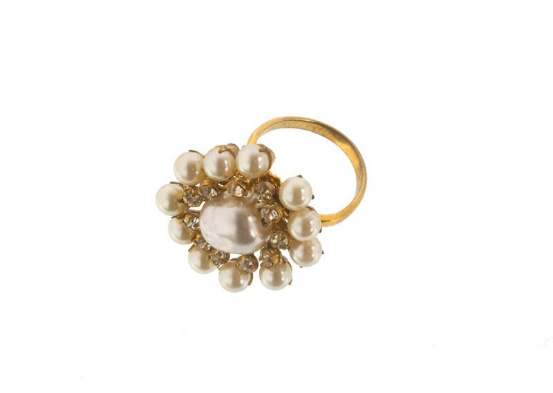 A Miriam Haskell goldtone ring, set with rhinestones