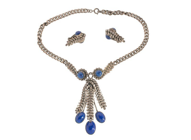 A Napier silvertone necklace and pair of earclips, set