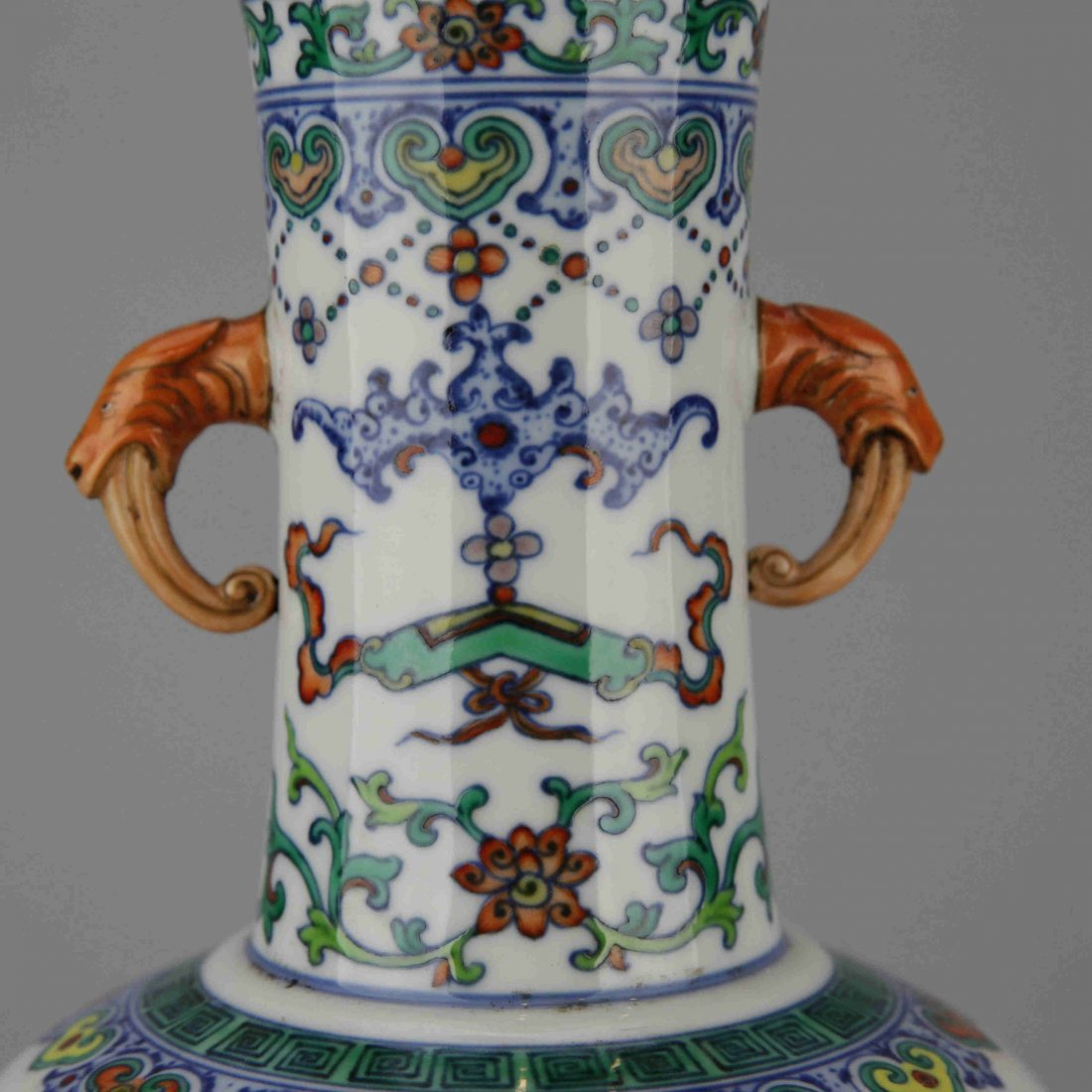 Chinese Vintage Famille Rose Porcelain Vase - 5