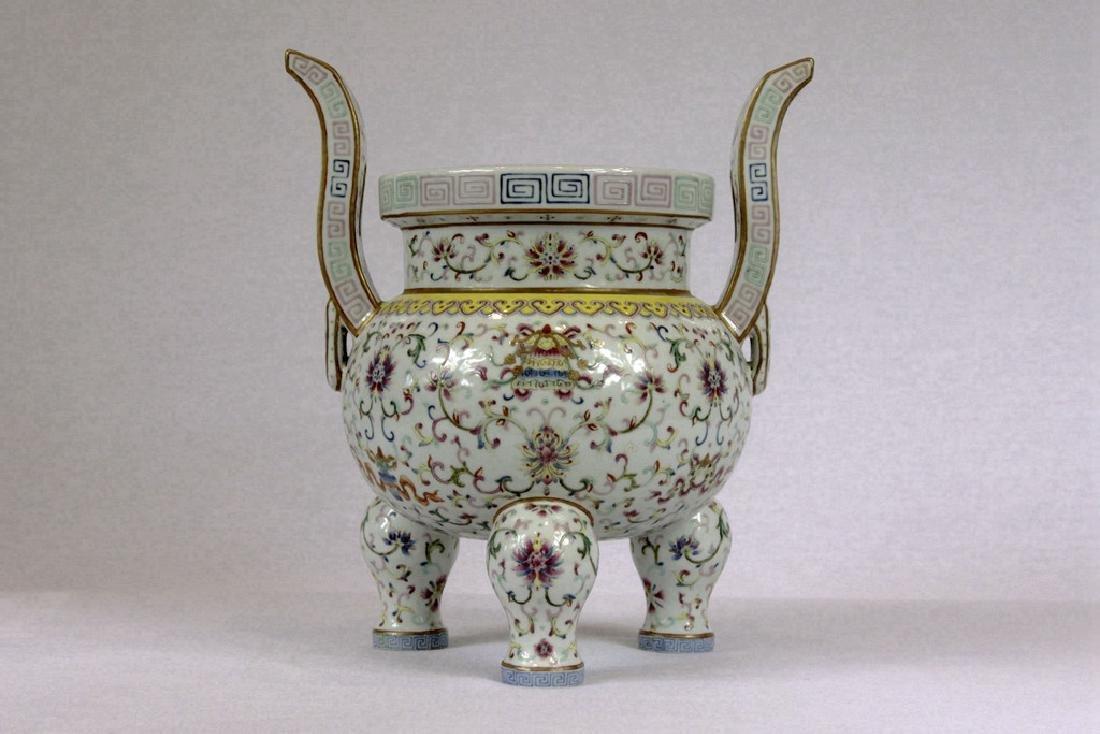 Chinese Tripod Porcelain Censer