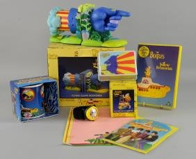 The Beatles Yellow Submarine - Flying Glove Bookends,