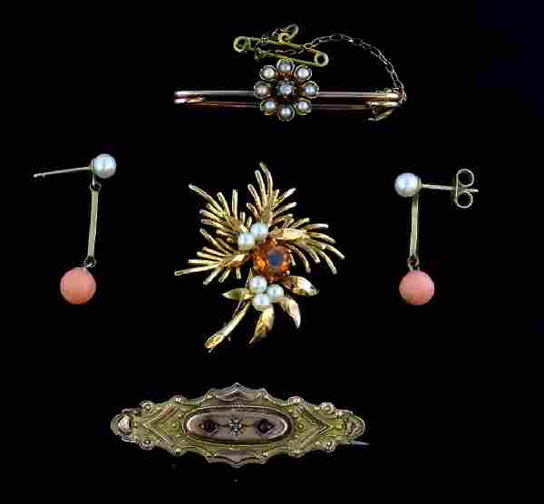 Victorian gold brooch with rose cut diamond and seed