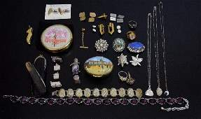 Group of modern silver jewellery, including four