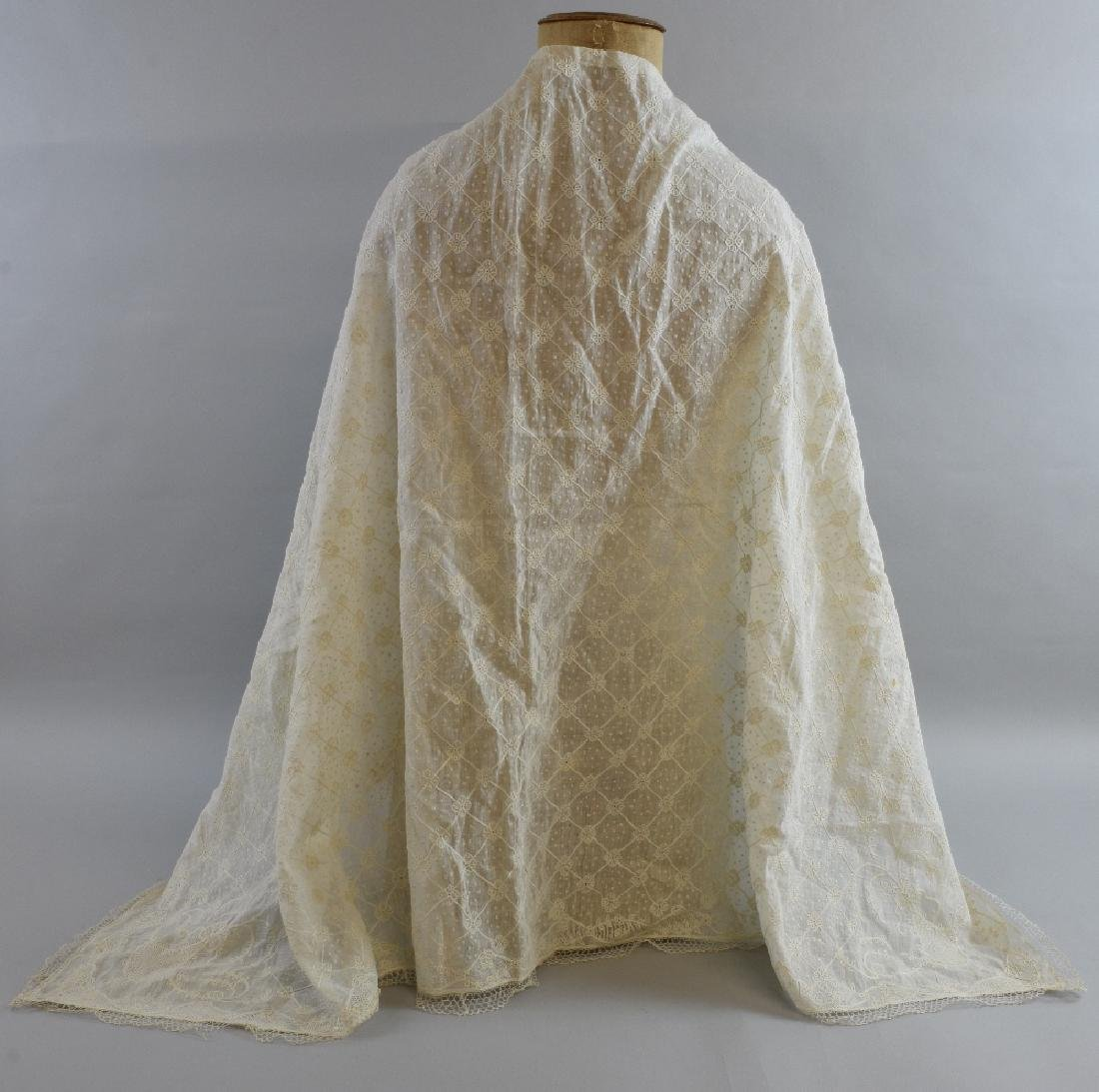 An 18th C muslin shawl finely worked wit