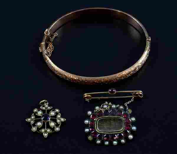 Group of antique jewellery, Victorian garnet and p