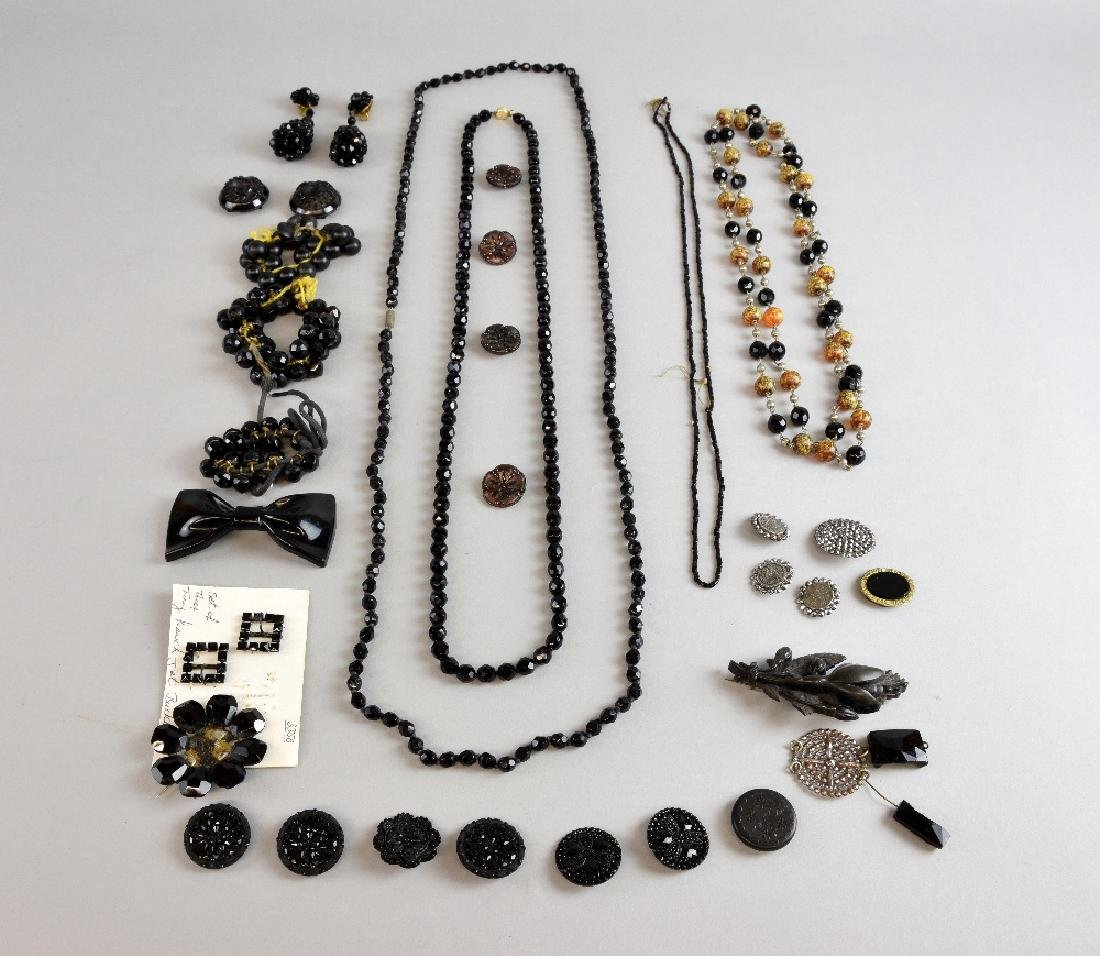 Victorian and later jewellery including items of j