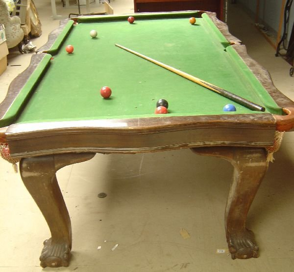 28: E.J. Riley snooker/dining table