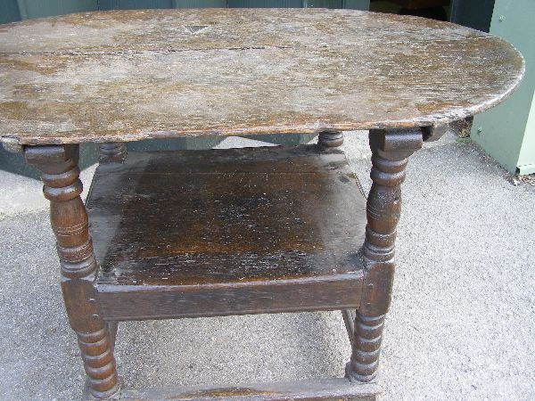 151: 18th century oak monk's chair/table - 3