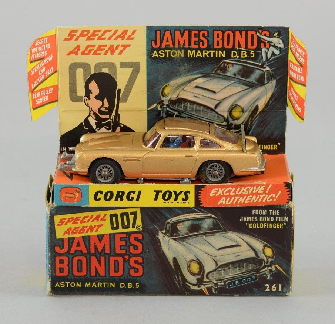 Corgi Toys No 261, James Bond's Aston Martin DB5 w