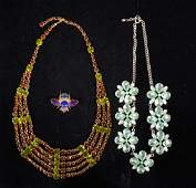 Collection of mainly costume jewellery including t