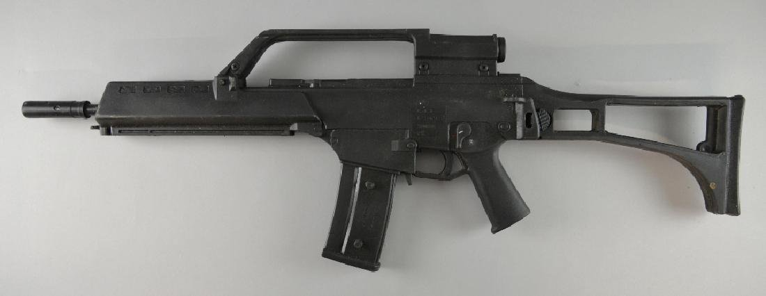 Prop hard rubber G36 assault rifle as used in Jame