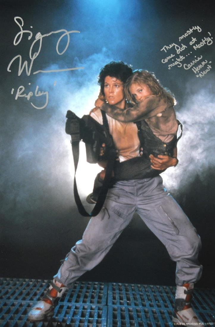 Aliens (1986) Photographic still signed & inscribe