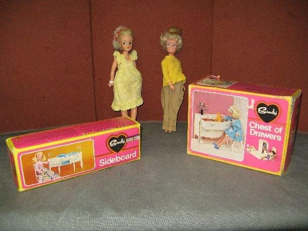 831: Various Sindy dolls etc