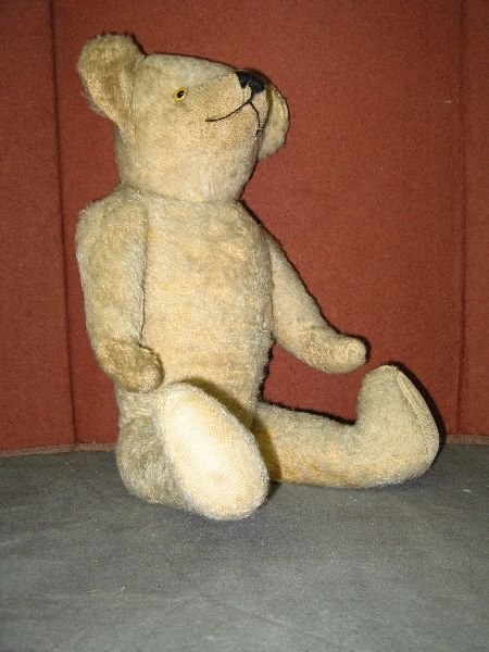 836: 1920s plush blond teddy bear