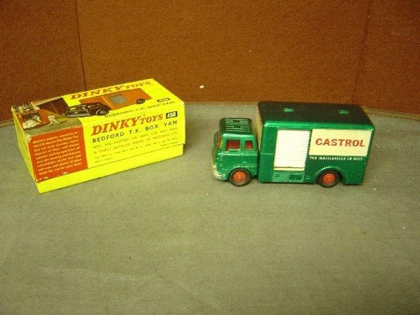 838: Dinky No. 450 Bedford TK box van