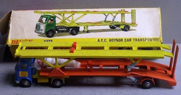 847: Dinky 974 AEC Hoynor car transporter