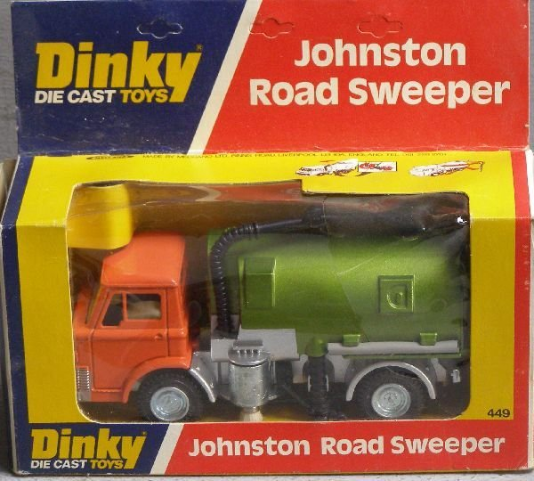 852: Dinky 449 Johnson Roadsweeper