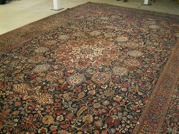 1474: Large Persian room carpet