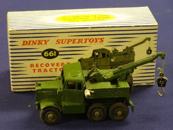 888: Dinky Supertoys 661 Recovery tractor