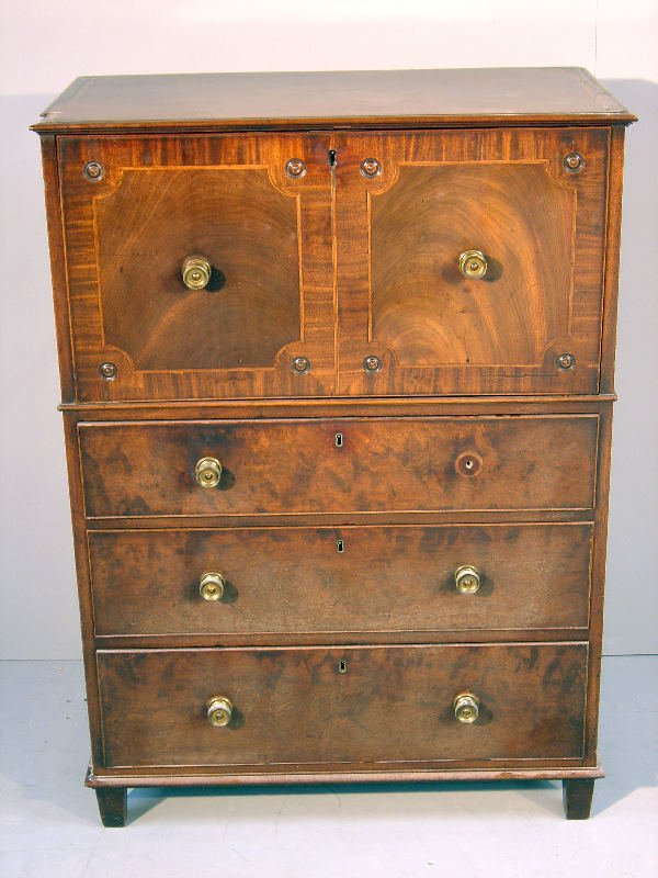 36: George III mahogany and crossbanded secretaire, che